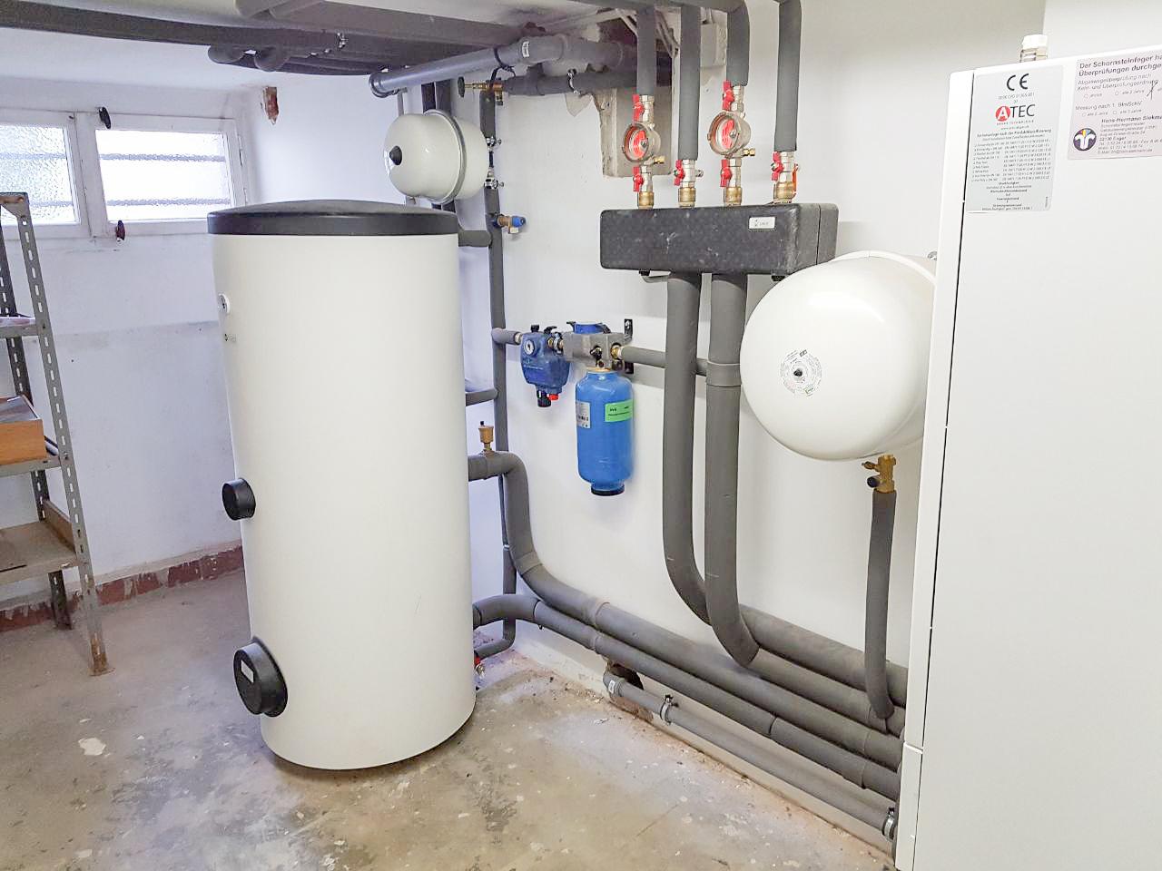 Montage Einer Wolf Zentralanlage Für Ein Zweifamilienhaus Mit Brennwerttechnik